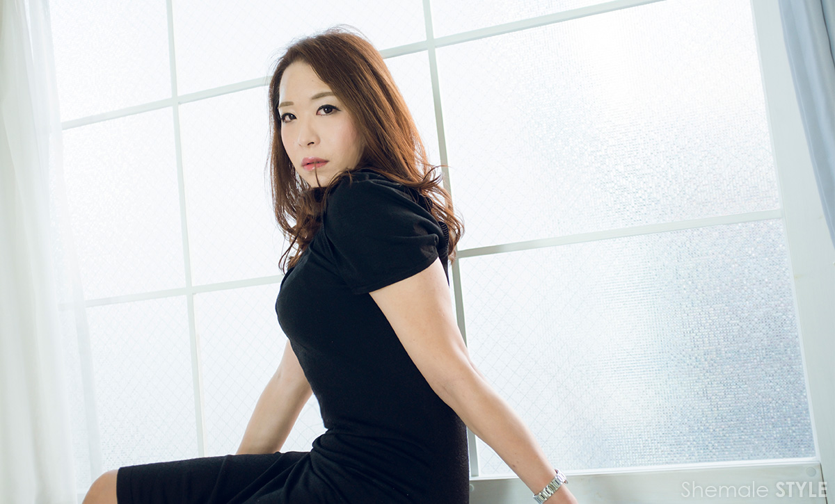 櫻井美咲のグラビア画像