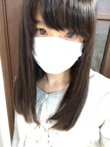 髪切りましたよっと(*^ω^*)