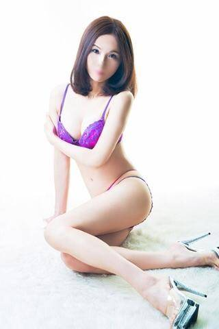 [おっぱい激写!]:フォトギャラリー