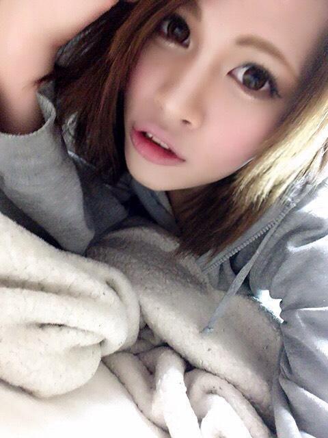 腕枕(/ω\*)