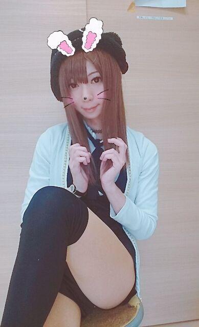 オハヨ(*・∀・*)ノ♪ お店の個室に向かうの(*´∀`)ノ!