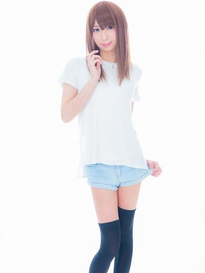 シンプルな服が大好物なのヾ(´ー`)ノ