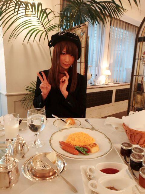 美味しいゴハン食べるの好きなの(⊃∀⊂)