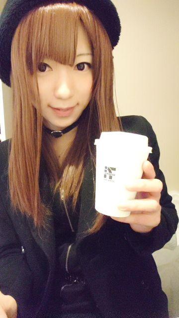 コーヒー大好き(∩゚∀`∩)