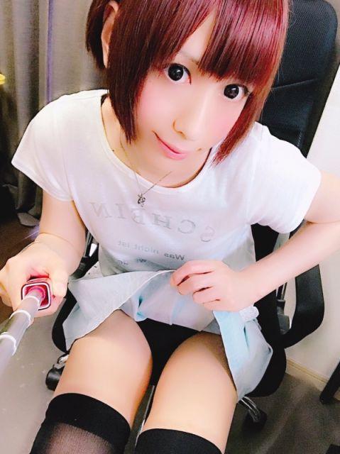 今日はとっておき短いスカート(*^ω^*)