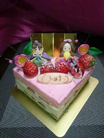 ケーキのお雛さま